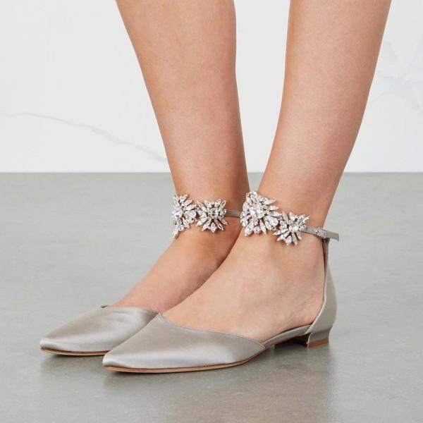 bridal-shoes. Three Accessories That Brides Shouldn't Skip
