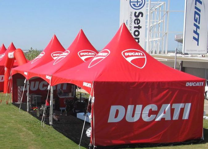 customized-canopy-tents-675x482 Outdoor Corporate Events and The Importance of Having Canopy Tents