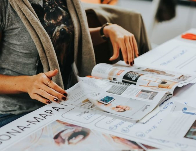 fashion-magazine-675x521 Top 10 Steps to Become a Celebrity Stylist and Start Your Fashion Business