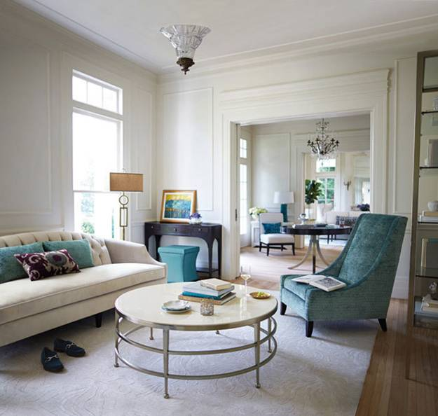 modern-furniture-design-classic-style-living-room 11 Tips on Mixing Antique and Modern Décor Styles