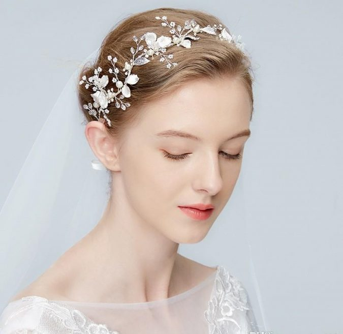 silver-floral-headpiece-1-675x657 Three Accessories That Brides Shouldn't Skip