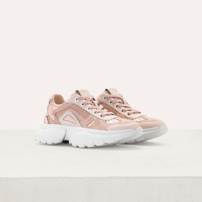 sneakers-675x675 10 Wardrobe Essentials Inspired by Summer 2020 Fashion Trends