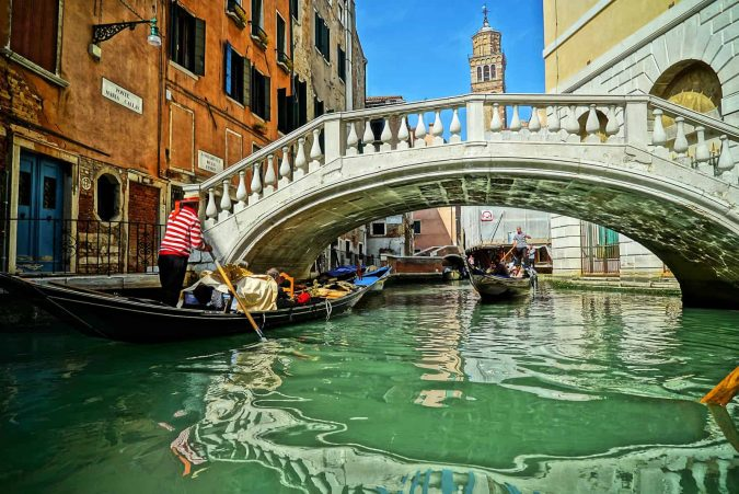 venice-bridge-travel-guide-675x451 5 Most Romantic Getaways for You and Your Loved One
