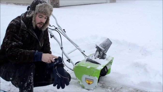 Good-Snow-Blower-675x380 3 Reasons Why You Need a Snow Blower