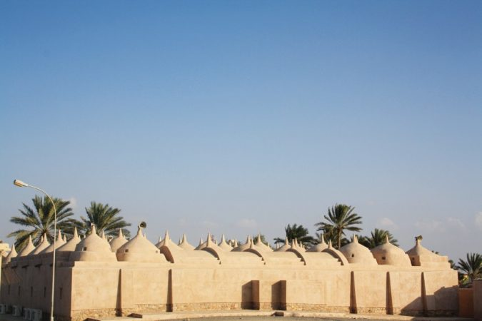 Jalan-Bani-Bu-Ali-675x450 How to Prepare a Road Trip in Oman