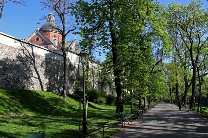 Planty-Gardens-ring-krakow-675x449 Top 12 Unforgettable Things to Do in Krakow