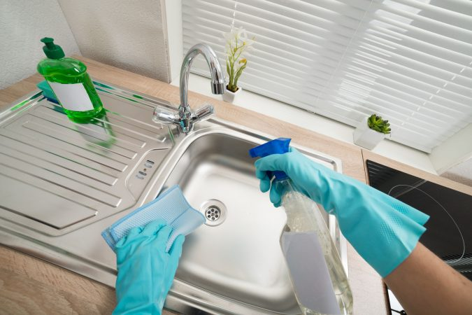 cleaning-kitchen-sink-1-675x450 6 Most Essential Things in Your Home to Keep Clean