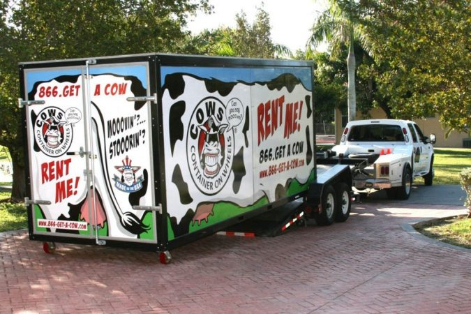 cows-truck-moving-container-675x450 7 Tips for Choosing Best Moving Container Company in Your Area