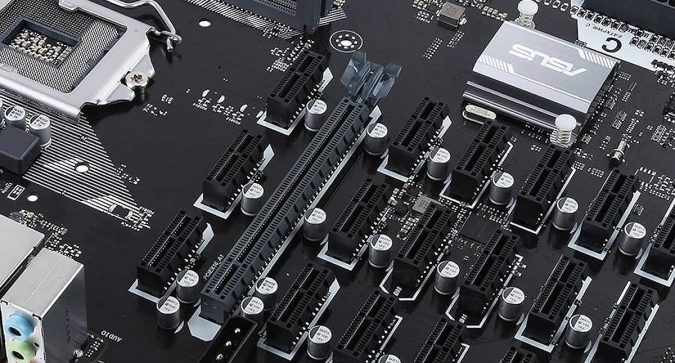 cryptocurrency-Mining-motherboard-675x363 A Perfect Guide to Choosing the Best Cryptocurrency Mining Rig