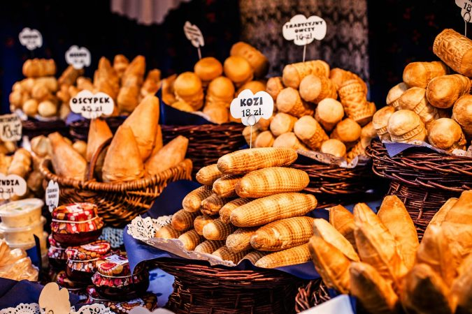 food-tour-in-krakow-675x450 Top 12 Unforgettable Things to Do in Krakow