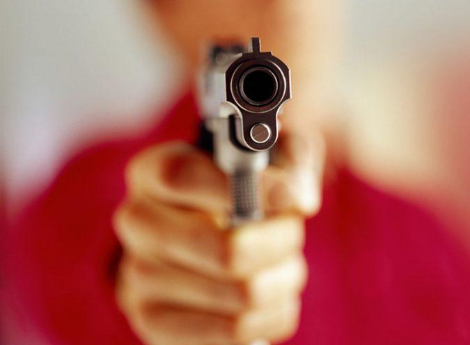"""gun-2-675x496 """"Gun Control"""" vs. """"Gun Rights"""" - Which Decision To Choose?"""