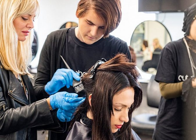 hairdressing-course-675x482 How to Become a Bridal Stylist