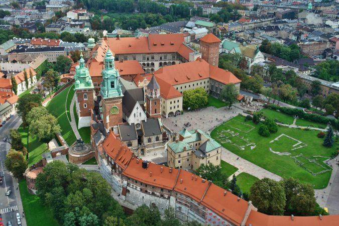 krakow-Wawel-Castle-complex-675x450 Top 12 Unforgettable Things to Do in Krakow