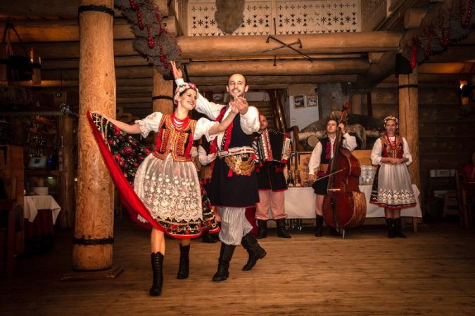 krakow-folk-show-675x450 Top 12 Unforgettable Things to Do in Krakow