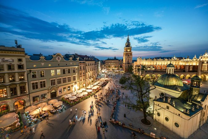 krakow-old-town-main-square-Poland-675x451 Top 12 Unforgettable Things to Do in Krakow