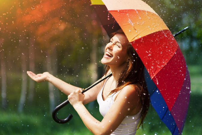 rainy-weather-675x450 15 Natural Hair Beauty Tips for All Hair Types