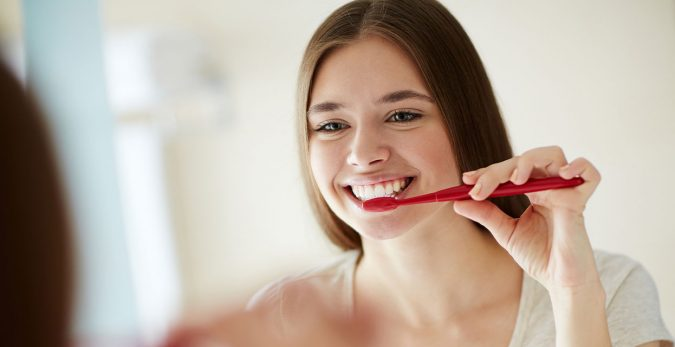 washing-teeth-675x347 Top 15 Unusual Products of CBD That Worth Trying