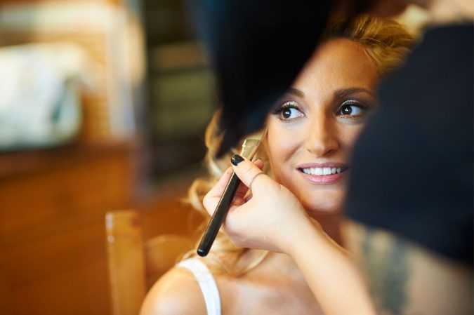 wedding-hairdressing-and-makeup-675x449 How to Become a Bridal Stylist