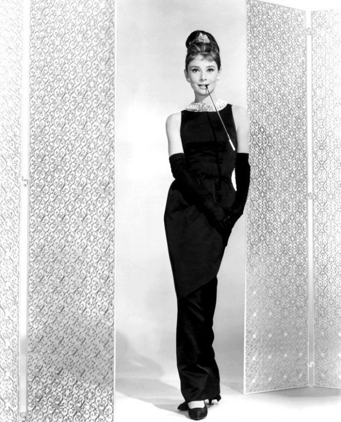 Audrey-Hepburn-little-black-dress-675x835 20 Hollywood Actresses Who Changed Fashion Forever
