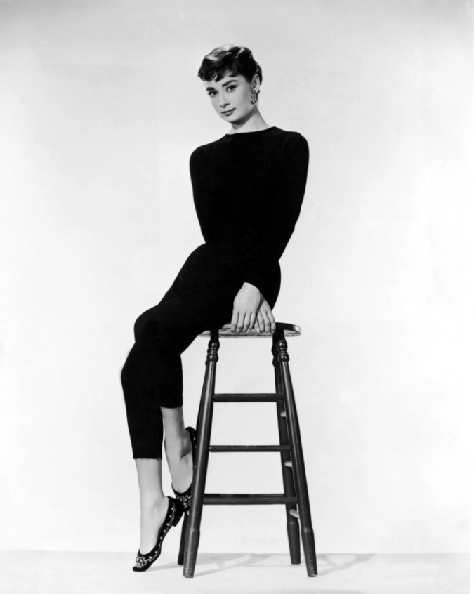 Audrey-Hepburn-look-675x846 20 Hollywood Actresses Who Changed Fashion Forever