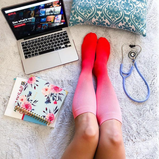 Compression-Socks.-675x675 4 Great Gift Ideas for an Expectant Mother