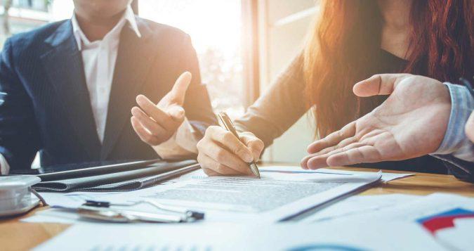 Divorce-Attorney-lawyer-2-675x357 5 Tips to Hire the Best Divorce Attorney