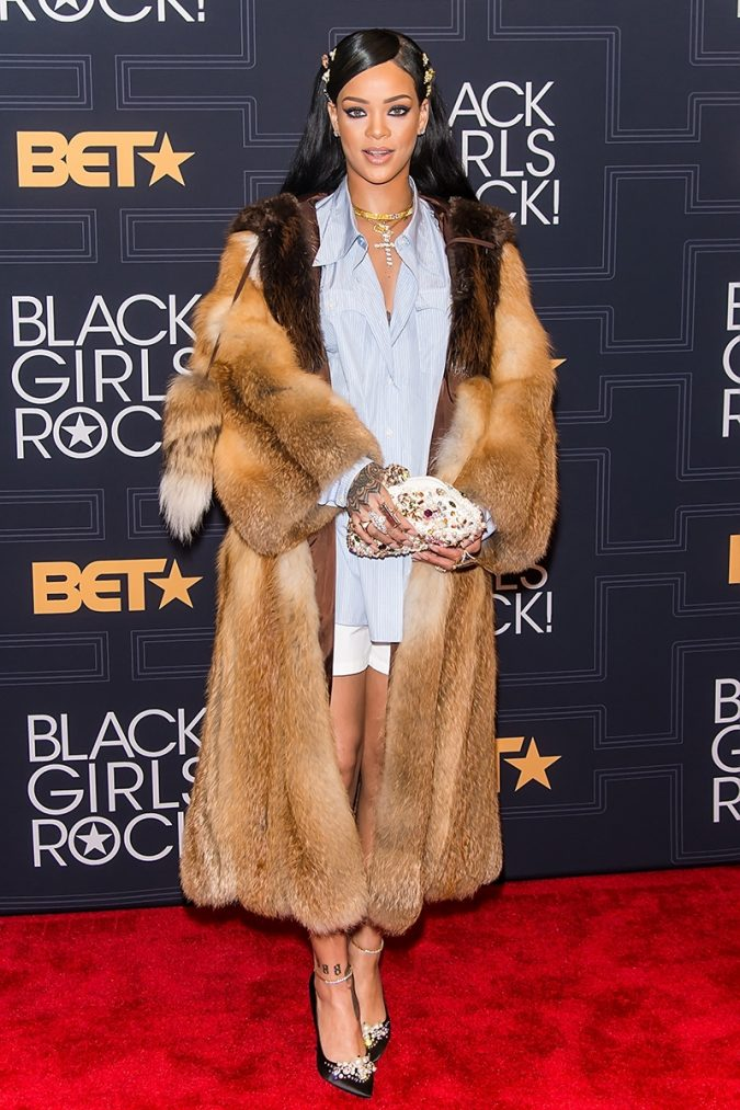 Rihanna-675x1013 20 Hollywood Actresses Who Changed Fashion Forever
