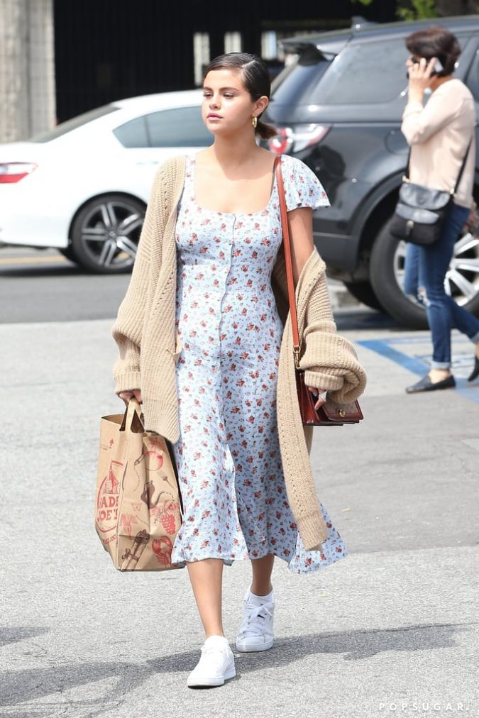Selena-Gomez-2-675x1012 20 Hollywood Actresses Who Changed Fashion Forever