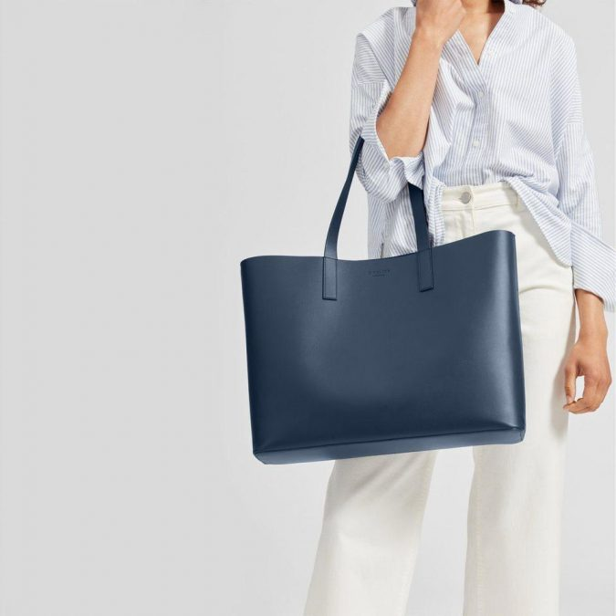 Tote-Bag-675x675 20 Must-Have Wardrobe Pieces Every Woman Over 40 Needs