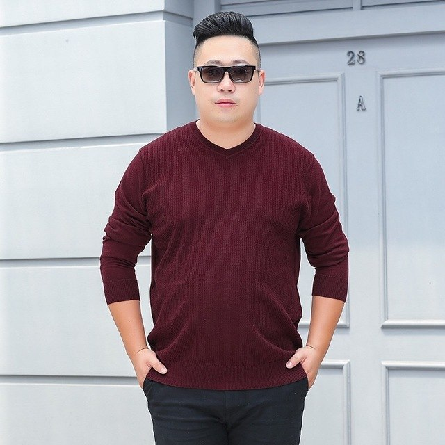 V-–-Neck-top 10 Fashion Tips for Plus-Size Men to Wear in Office