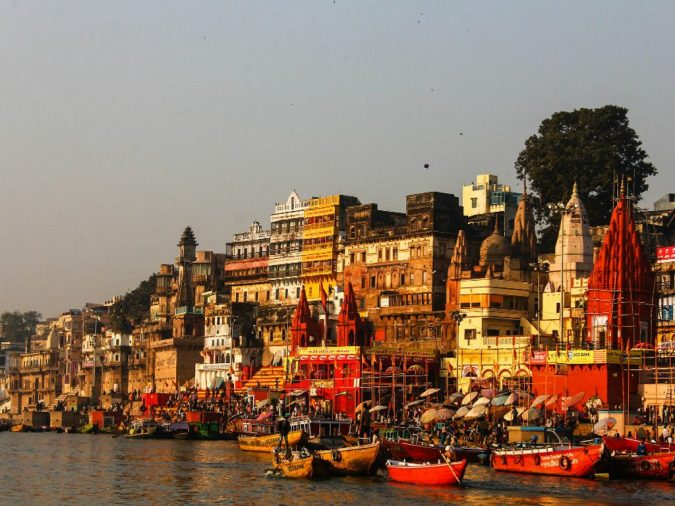 Varanasi-Uttar-Pradesh-675x506 Ten Ideas for Family Holidays in India