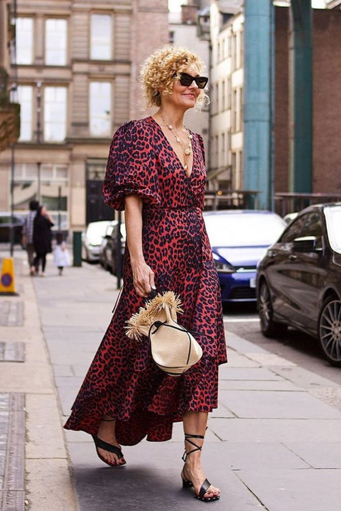 animal-printed-dress-outfit-for-women-over-40-675x1013 20 Must-Have Wardrobe Pieces Every Woman Over 40 Needs