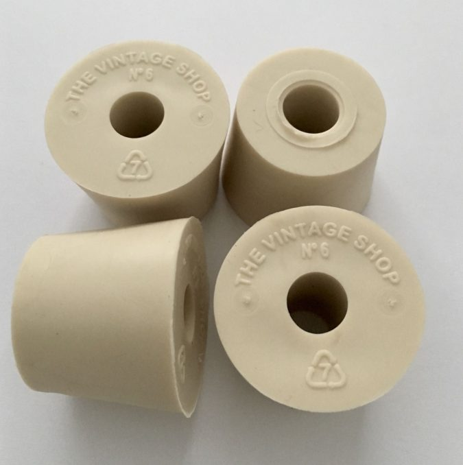gum-rubber-stoppers-675x678 7 Criteria to Choose the Best Rubber Stopper Manufacturer
