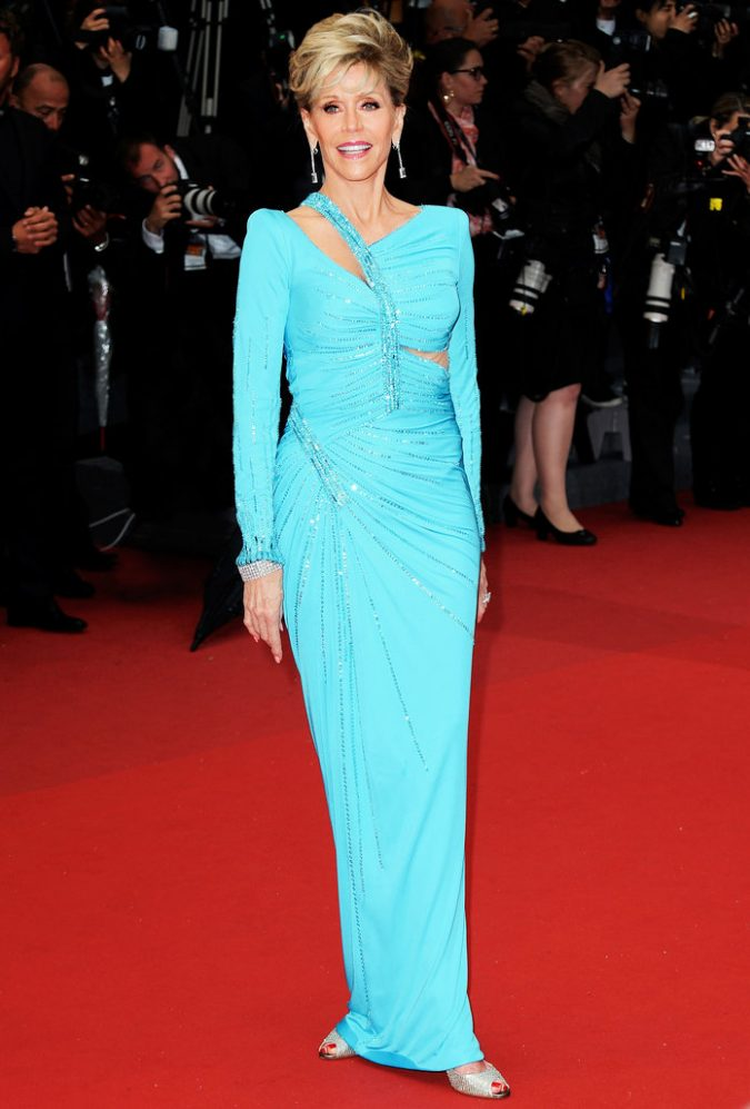 jane-fonda-look-1-675x997 20 Hollywood Actresses Who Changed Fashion Forever