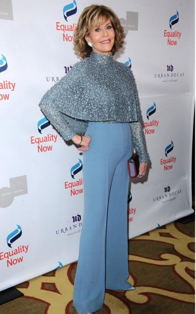 jane-fonda-look-2-675x1081 20 Hollywood Actresses Who Changed Fashion Forever