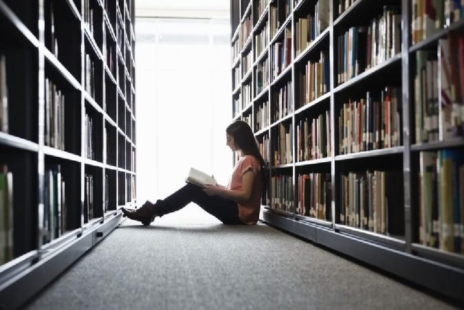reading-in-a-library-675x451 5 Reasons Why You Should Read Classic Novels
