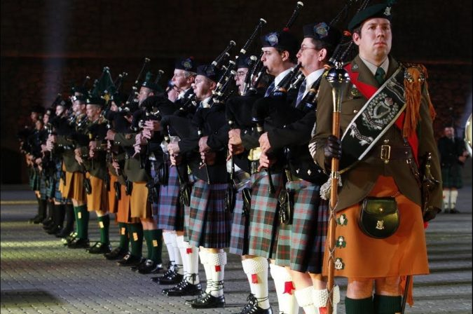 Amazing-Grace'-played-by-Bagpipes-675x448 Top 10 Fairytale Christmas Places for Couples