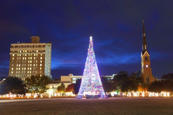 Charleston-SC-Tree-Lighting-675x450 Top 10 Fairytale Christmas Places for Couples