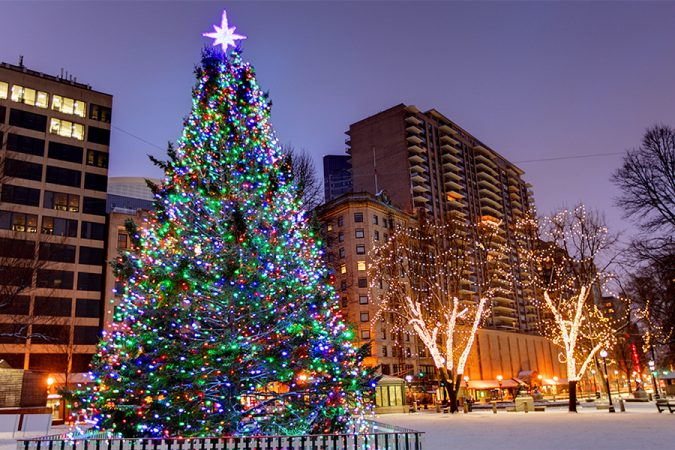 Christmas-Tree-Lightings-in-Boston-675x450 Top 10 Fairytale Christmas Places for Couples