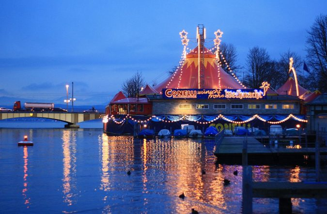 Christmas-circus-675x442 Top 10 Fairytale Christmas Places for Couples