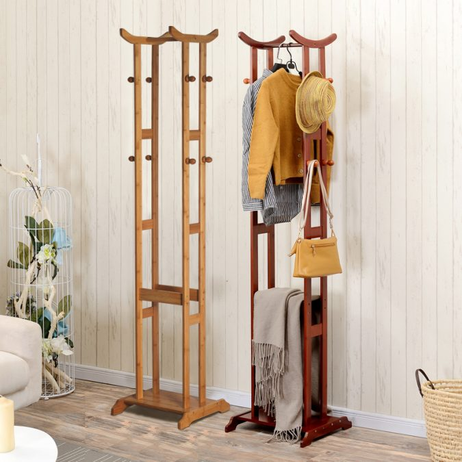 Coat-hangers-from-wood-675x675 Using Wood to Decorate Your Home - Easy Tips and Tricks