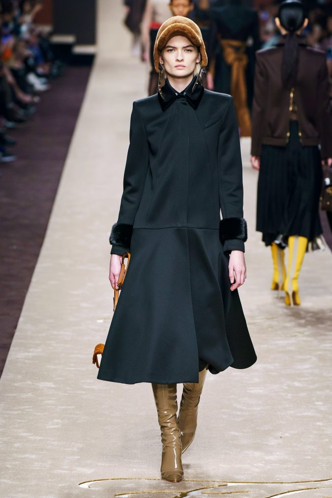 Fall-fashion-2019-drop-waist-dress-Fendi-675x1013 10 Elegant Women's Hat Trends For Winter 2020