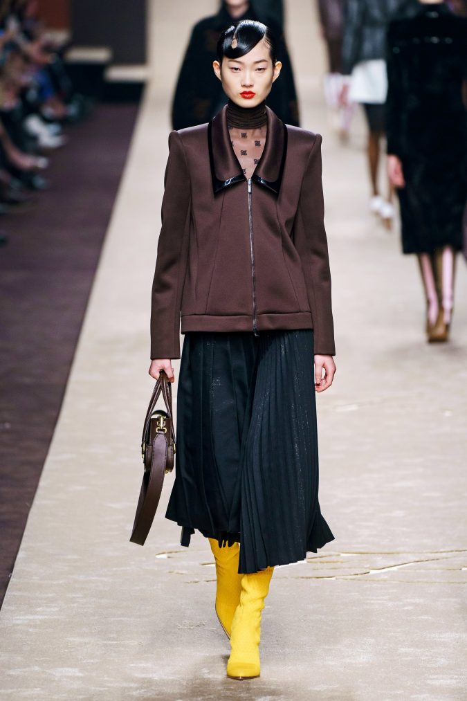 Fall-fashion-2019-pleated-dress-Fendi-675x1013 10 Fall/Winter Retro Fashion Trends for the 70s Nostalgics in 2020
