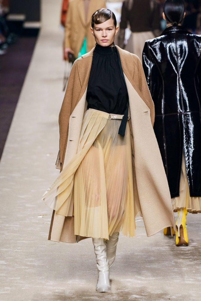 Fall-fashion-2019-pleated-skirt-Fendi-675x1013 40+ Hottest Teenage Girls Fall/Winter Fashion Ideas in 2020
