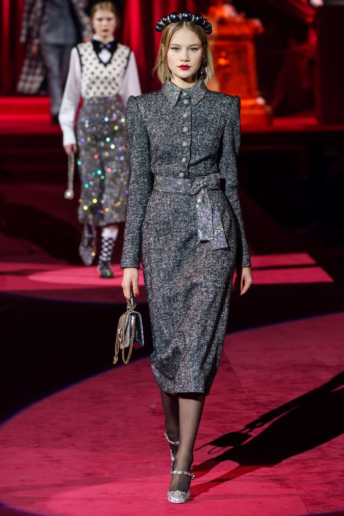 Fall-fashion-2019-tweed-dress-Dolce-Gabbana-675x1013 10 Fall/Winter Retro Fashion Trends for the 70s Nostalgics in 2020