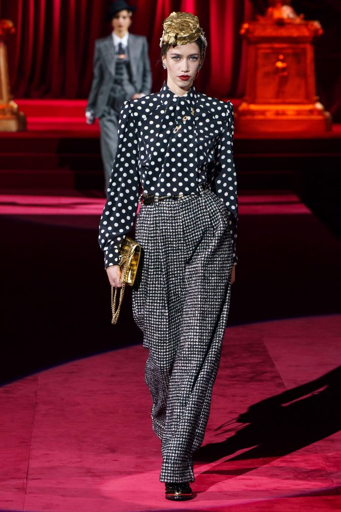 Fall-fashion-2019-tweed-pants-Dolce-and-Gabbana-675x1013 10 Fall/Winter Retro Fashion Trends for the 70s Nostalgics in 2020