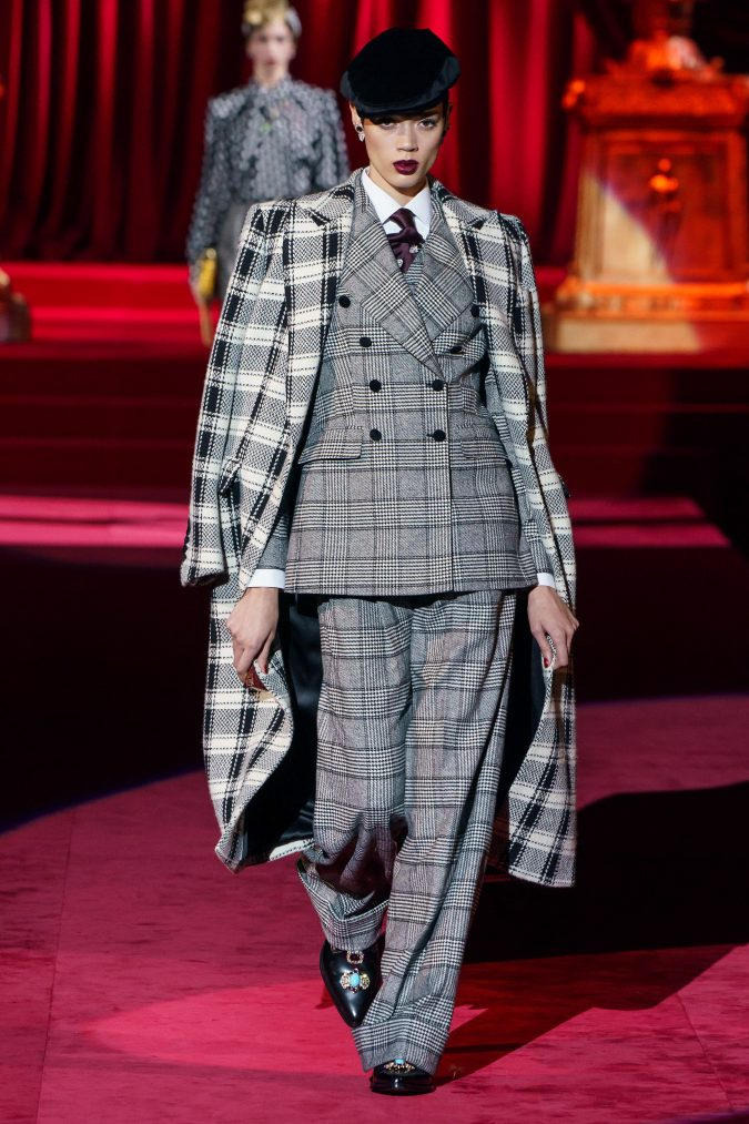 Fall-fashion-2019-tweed-suit-and-coat-Dolce-and-Gabbana-675x1013 10 Fall/Winter Retro Fashion Trends for the 70s Nostalgics in 2020