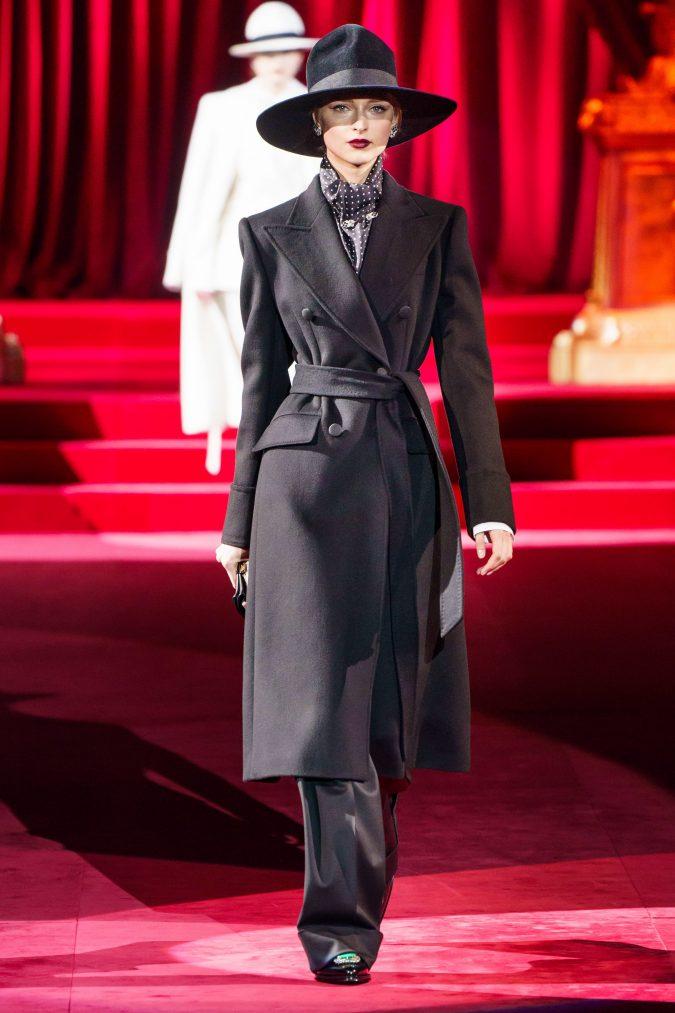 Fall-fashion-2019-wide-leg-pants-Dolce-Gabbana-675x1013 10 Fall/Winter Retro Fashion Trends for the 70s Nostalgics in 2020