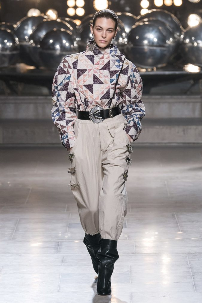 Fall-winter-fashion-2020-big-shoulders-Isabel-Marant-2-675x1013 60+ Retro Fashion Designs of Fall/Winter 2020 Inspired by the 80s and 90s