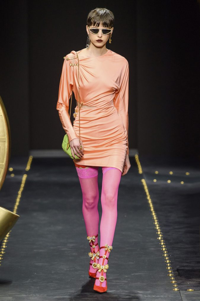 Fall-winter-fashion-2020-camisole-neon-dress-versace-675x1013 60+ Retro Fashion Designs of Fall/Winter 2020 Inspired by the 80s and 90s